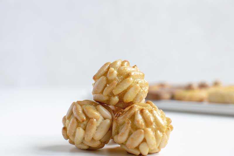 Panellets with Guarana (All Saint's Day Almond Cookies)